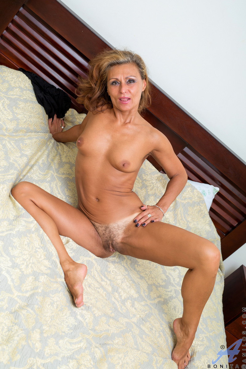 safe free pictures milf