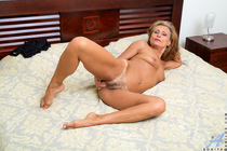 Preview Anilos - Mature Beauty