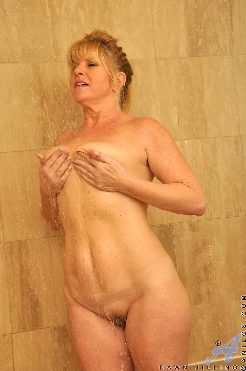 naked female mature videos