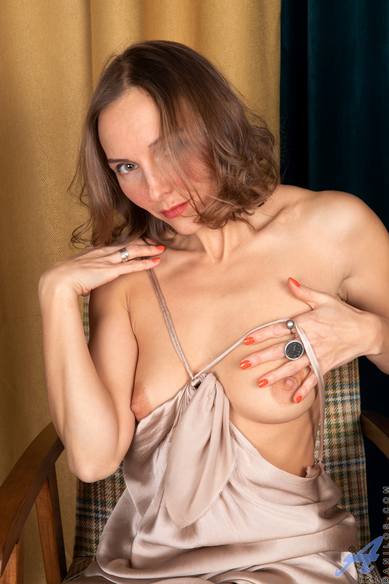 Evening wear really sets off the class that Iki brings to the table. She loves using her silky dress to tease with glimpses of her full breasts, puffy nipples, and slim body. After her slow unveiling, she takes the time to spread her pussy juices all over