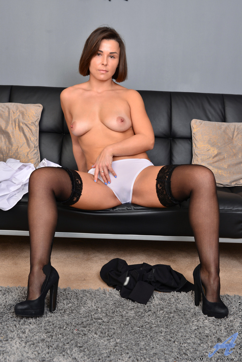Hot and horny housewife Jamie Ray is back from her office job and ready to let loose. Her husband is out of town, so this short mom takes her pleasure into her own hands. As she prepares to masturbate, she peels off her clothes and cups her tits, squeezes