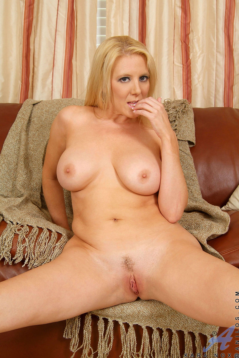 busty-blonde-naked-spreading-amiture-wife-squirting-videos