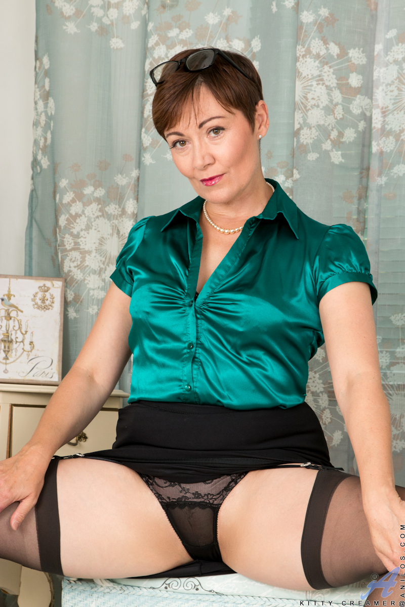 Anilos - Mature Model Featuring Kitty Creamer Video -9191