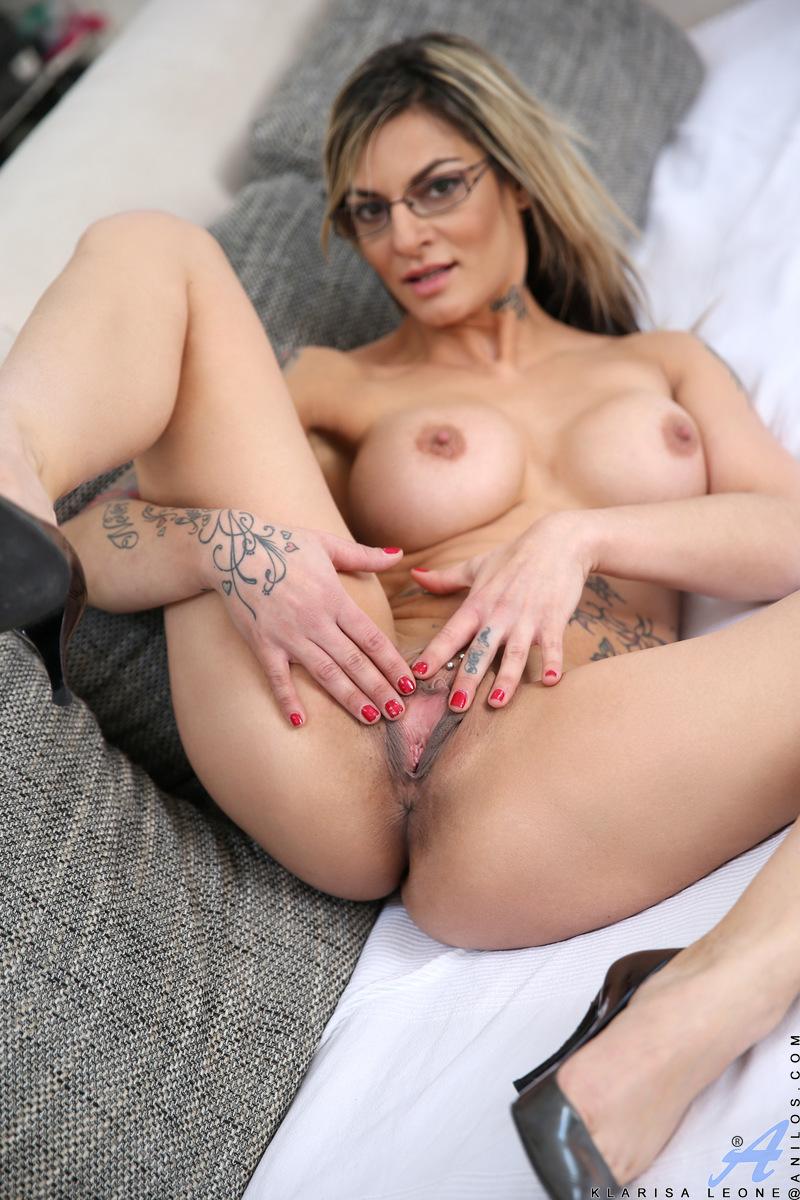 Xoxo girls sex naked women