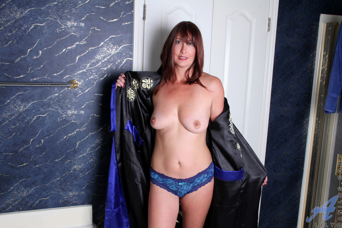 Galleries Amateur lily