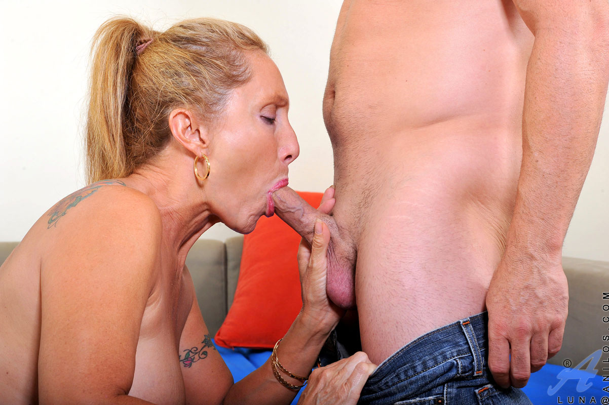 Long haired cougar sucking stiff young cock