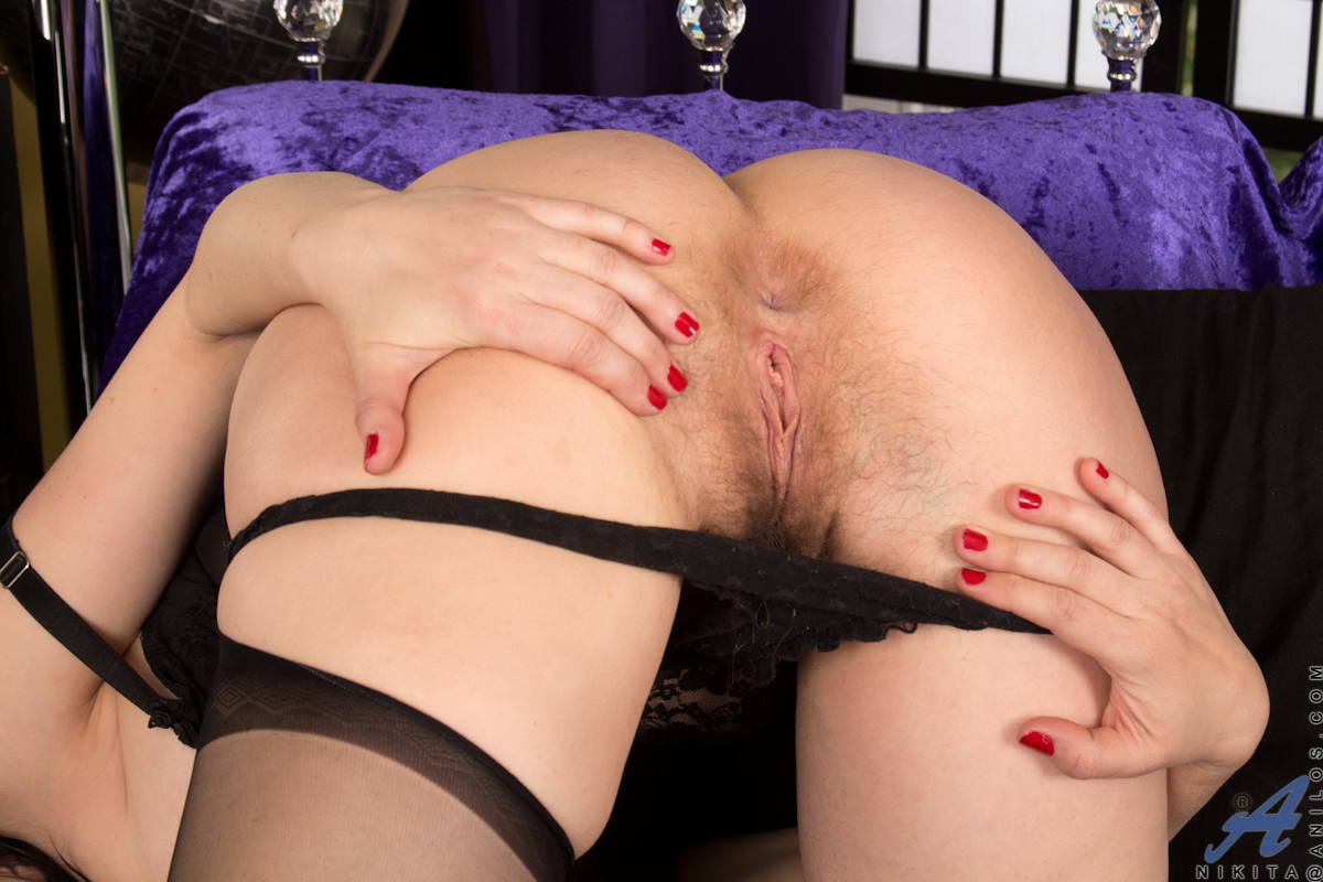 Reluctant massage orgasm video