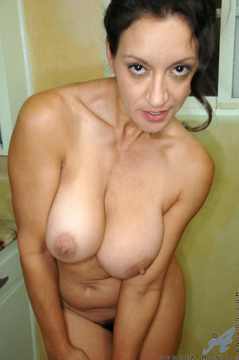 pics of huge breasts