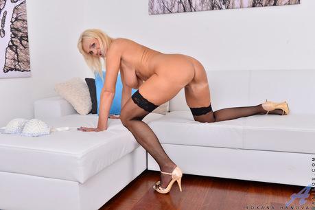 Roxana Hanova Blonde Milf Roxana Hanova Blonde Milf Forumphilia 1