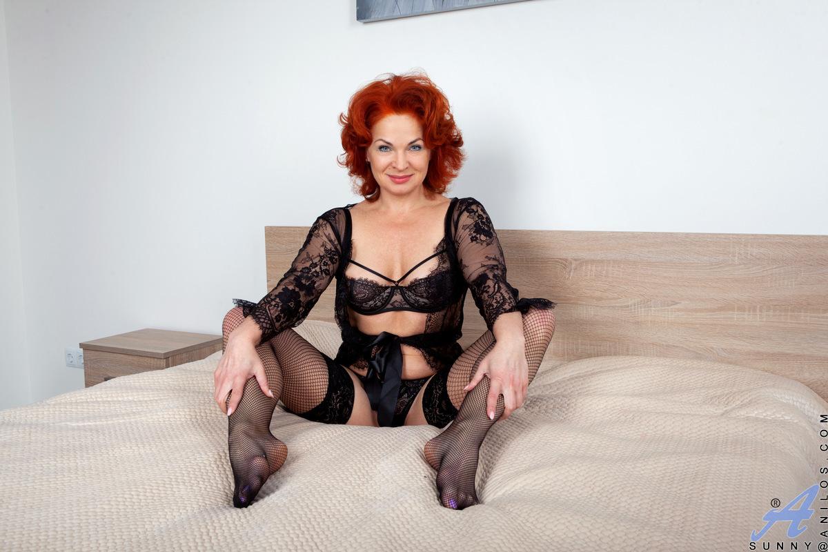 Anilos.com - Sunny: Black Lace