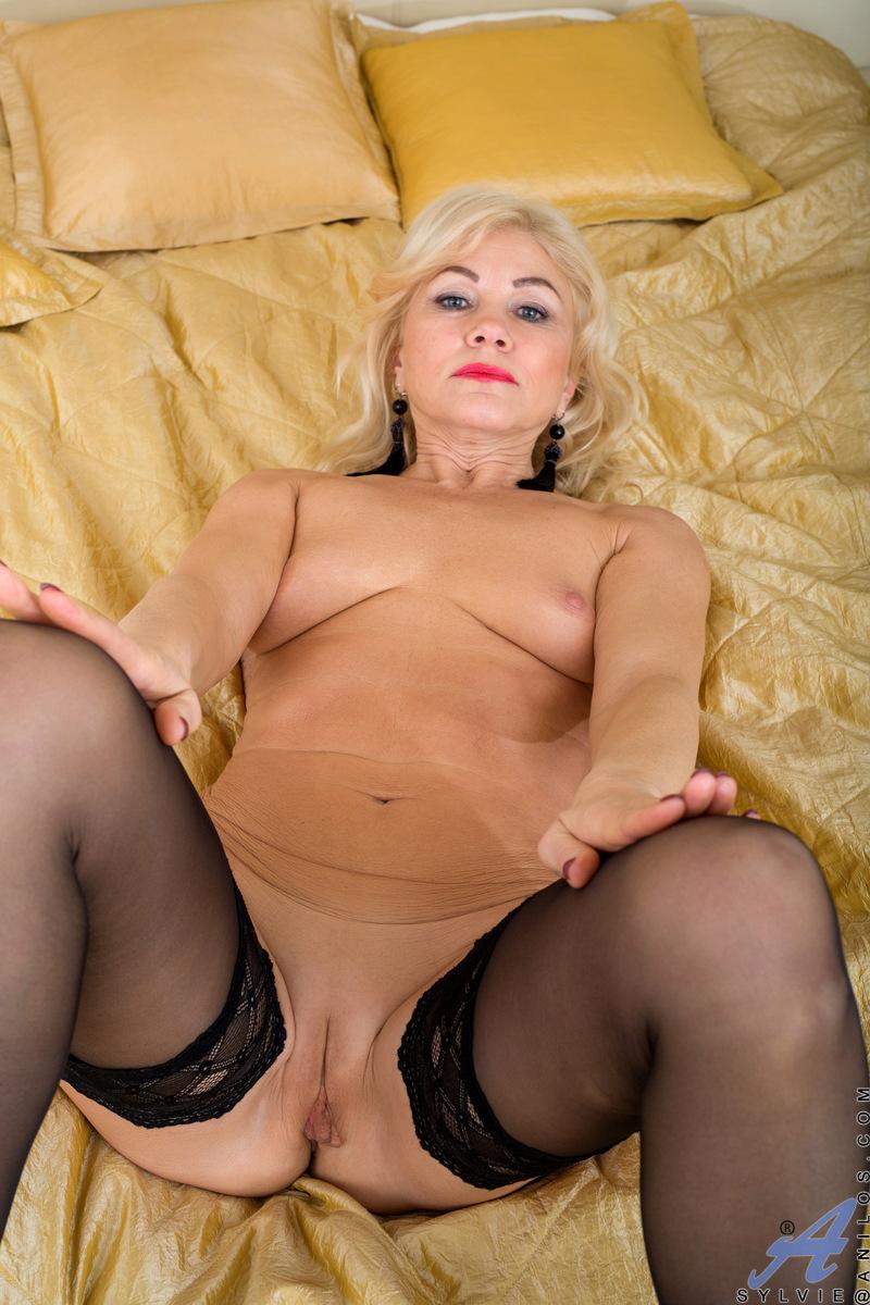 Anilos.com - Sylvie: Black Lingerie