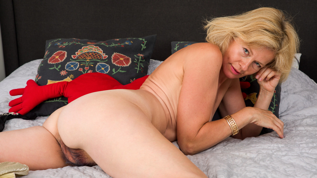 Diana mature older porn for
