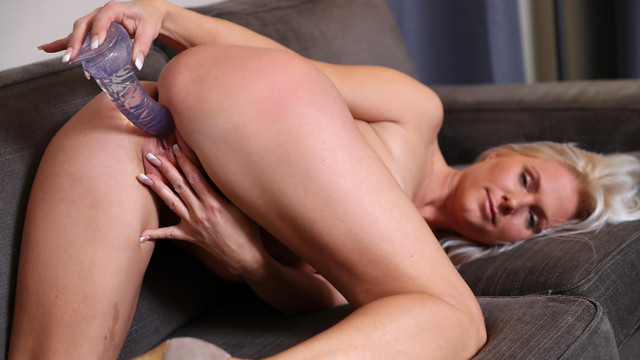 Blonde Mature – Kathy Anderson