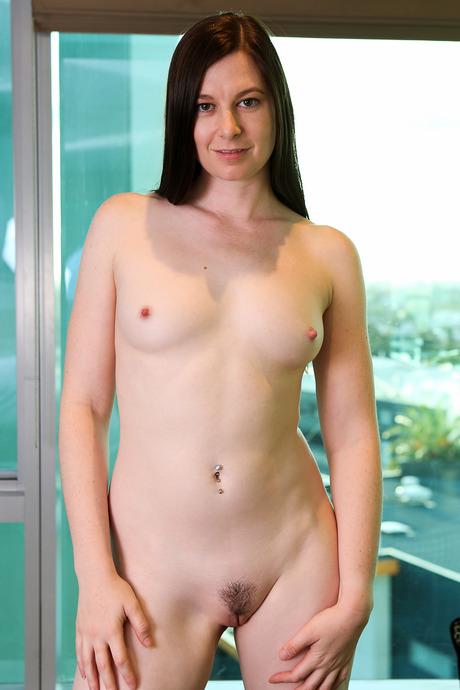 Mae japan nude
